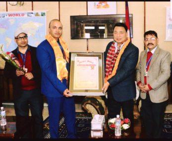 कानुन व्यवसायी बासु फुलारा काठमाडौमा सम्मानीत