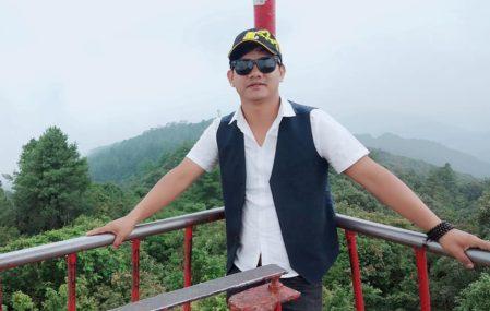दोहोरीको स्टेज र बाहिरको स्टेज दुबै दमदार लाग्छ : गायक योगेश लामा
