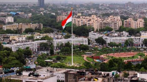 नयाँ दिल्लीमा भेला, रात्रिक्लब, जीम र स्पा बन्द