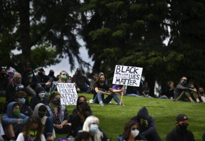 अर्का अश्वेत व्यक्तिको हत्यापछि अमेरिकामा फेरि आन्दोलन