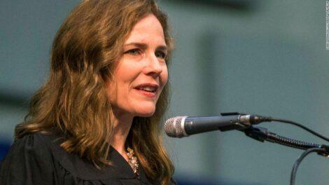 विवादका बीच एमी कोनी ब्यारेट अमेरिकी सर्वोच्च अदालतको न्यायाधीशमा सिनेटद्वारा अनुमोदित