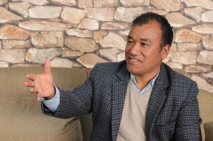 विदेशीहरु हिमाल हेर्ने ठूलो इच्छाले नेपाल घुम्छन् : पासाङ शेर्पा, पर्यटन व्यवसायी