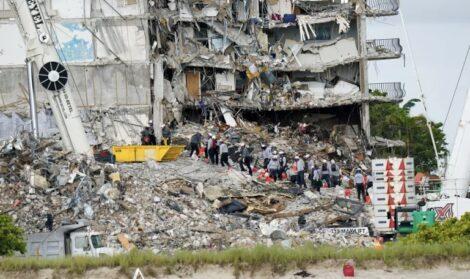 फ्लोरिडाको भवनमा च्यापिएकामध्ये १२ जनाको मृत्यु, १४९ अझै बेपत्ता