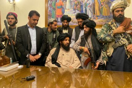 अफ्गानिस्तानमा बीस वर्षपछि फेरी तालिबानको सत्ता, अमेरिकाले गुमाए दुई हजार बढी सैनिक र दुई ट्रिलियन डलर