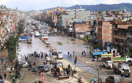 विभिन्न जिल्लामा छ को मृत्यु, काठमाडौँका ३८५ घर डुबानमा