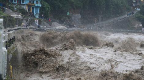 बेमौसमको वर्षाको कहर: मृत्यु हुनेको संख्या ८८ पुग्यो, ३० अझै बेपत्ता